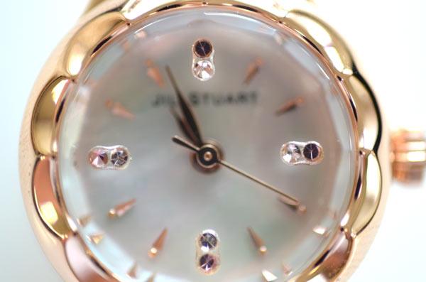 ジルスチュアートの時計フラワーリングのスワロフスキーピンク