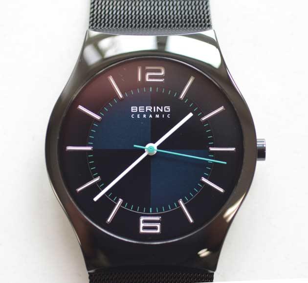 ベーリングの時計Polar Night Cross 32039-227 32039-223評価