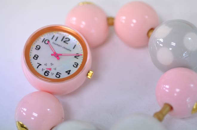 ツモリチサトの時計ピンク