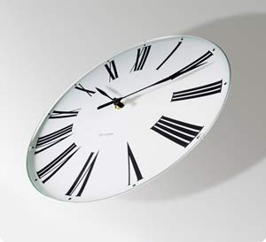 Roman Clockアルネ・ヤコブセンの壁掛け時計ローマン クロック の評価