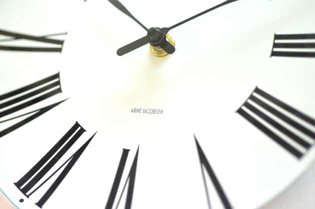 アルネ・ヤコブセン Roman Clock ローマン クロック の評価