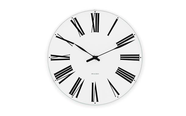 アルネ・ヤコブセン Roman Clock ローマン クロック の大きさ比較