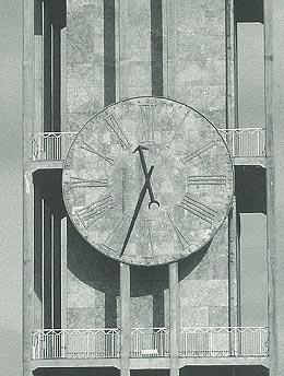 アルネ・ヤコブセン Roman Clock ローマン クロック のオリジナル