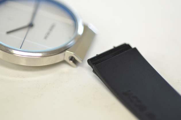 JACOB JENSEN ヤコブ イェンセンのNEWの腕時計の付け心地
