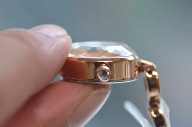 ジルスチュワートの腕時計ダブルブレスレットのガラス