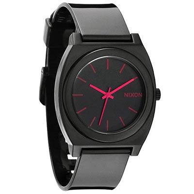 カジュアル腕時計お勧めブランドニクソン