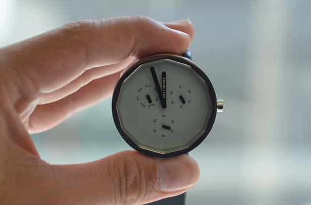 イッセイミヤケの時計twelveトゥエルブNY0P051の評価