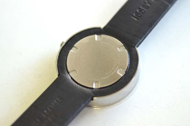 イッセイミヤケissey miyake深澤直人の時計のベルト交換