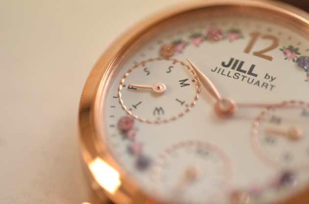 jill byの時計でお勧めのFlower crownスワロフスキー