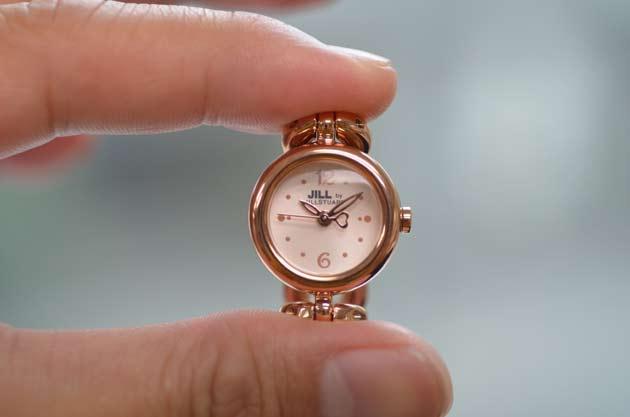 ジルバイジルスチュアートの時計お勧めピンク