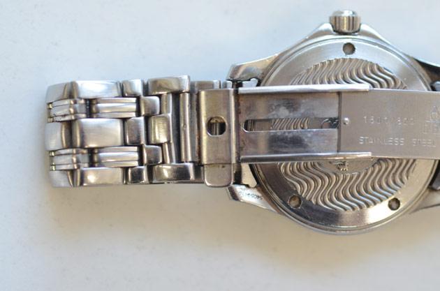 オメガの時計の錆