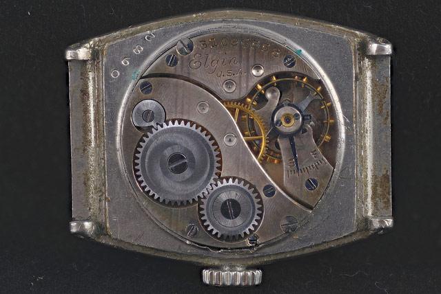 時計ムーブメントが錆びる