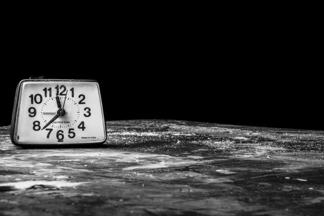時計がうるさい 寝れない