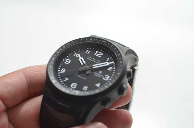 チタンの時計
