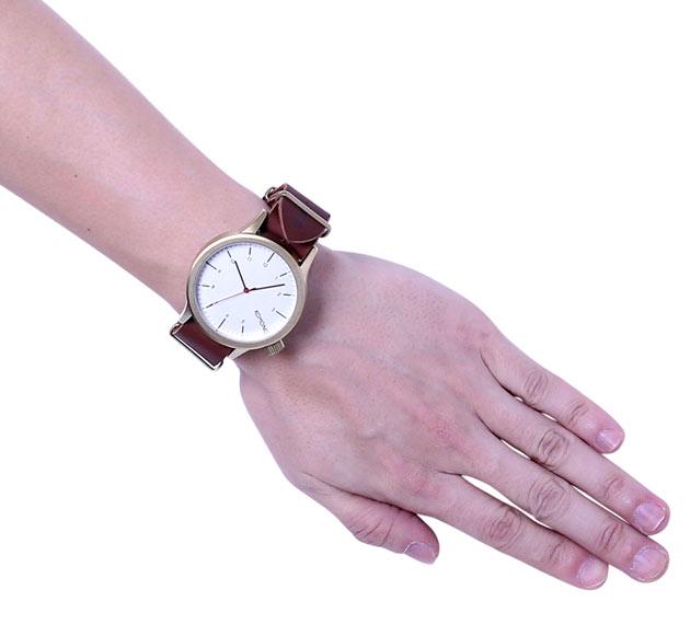 komonoメンズサイズの時計