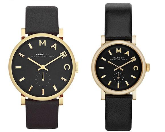 マークジェイコブスの時計ブラックゴールドペア