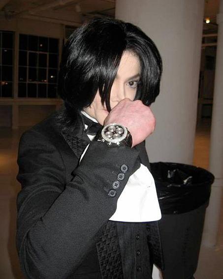 マイケルジャクソン時計を右
