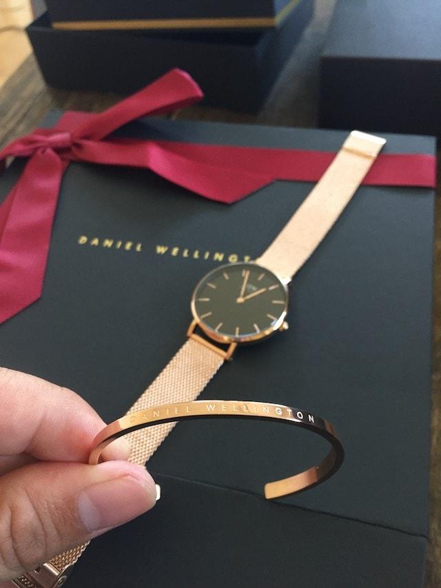 ダニエルウェリントン 時計とバングル