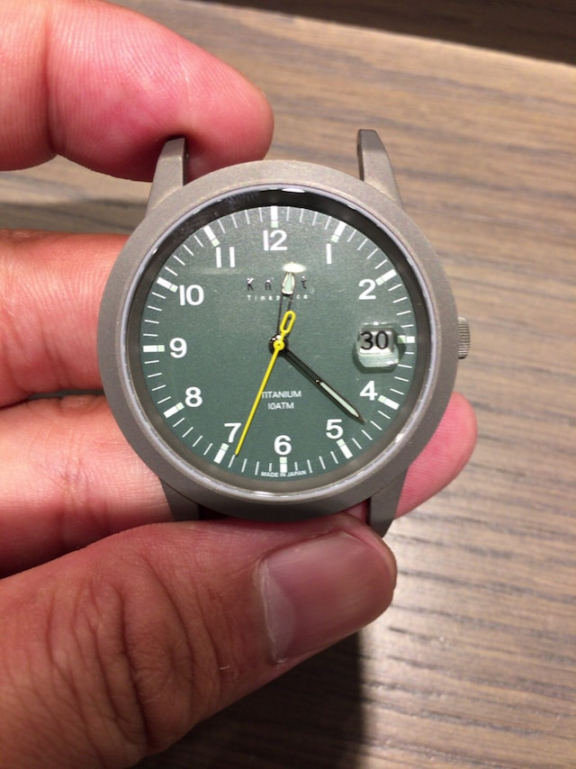 ノット 時計 ソーラーモデル、緑の文字盤