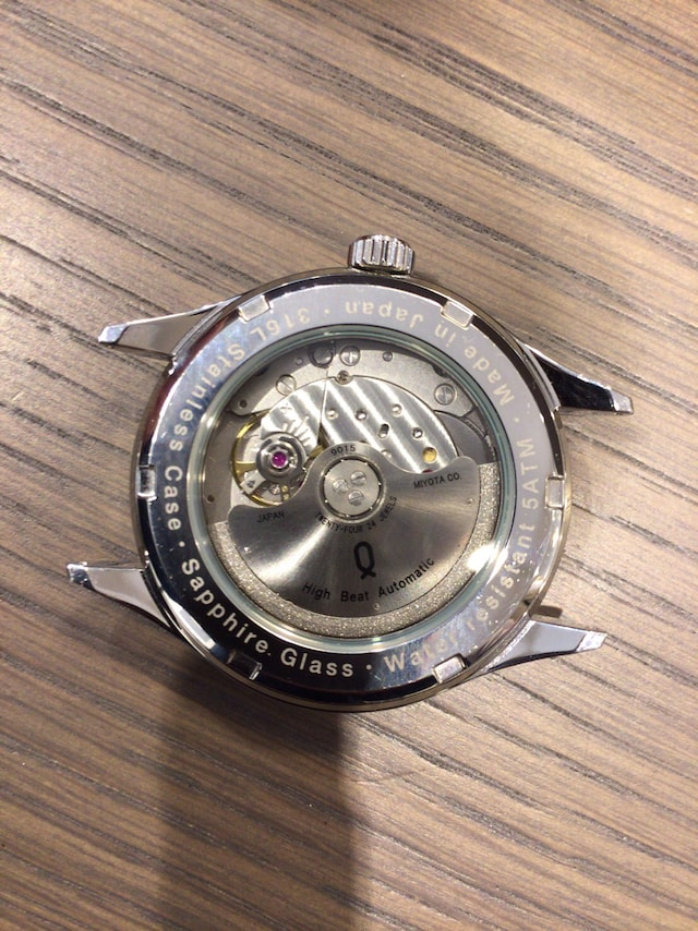 ノット 時計 機械式時計 裏