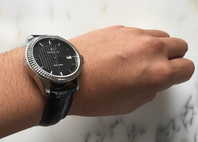 ルノータスの時計クラシック、ブラック