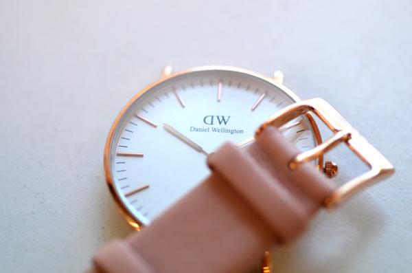 ダニエルウェリントンDanielWellington、ローズゴールドのベルトとローズゴールドの時計