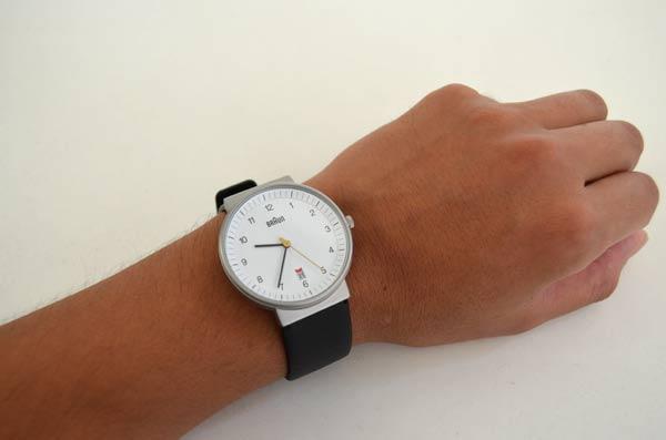 ブラウンの時計bnh0032付け心地