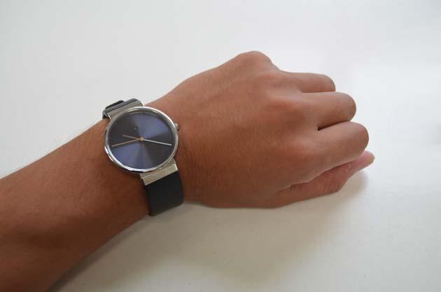Jacob Jensenヤコブ イェンセンの腕時計Dimensionsの付け心地