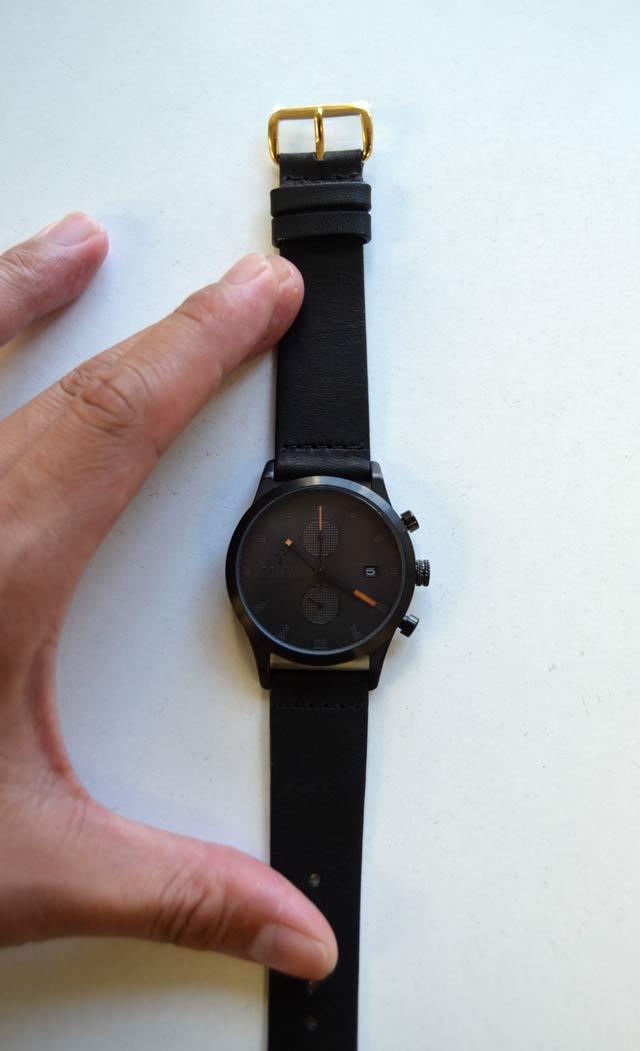 TRIWAトリワの腕時計ブラックSort of Blackの大きさLCST105-CL010113