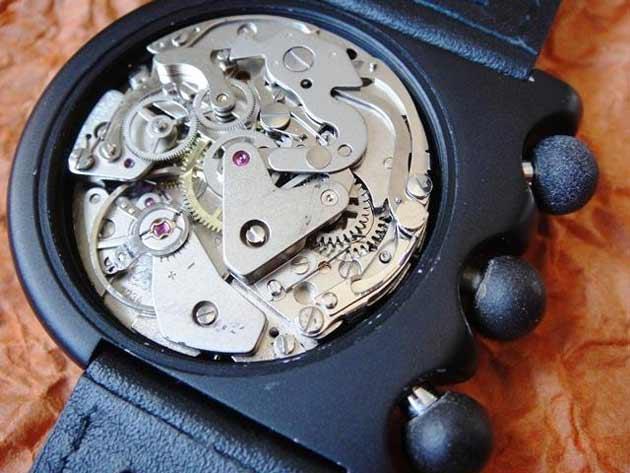 リップLip、MACH 2000オリジナルの時計