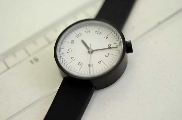 nendoバイエヌの時計draftsman scale佐藤オオキのデザイン