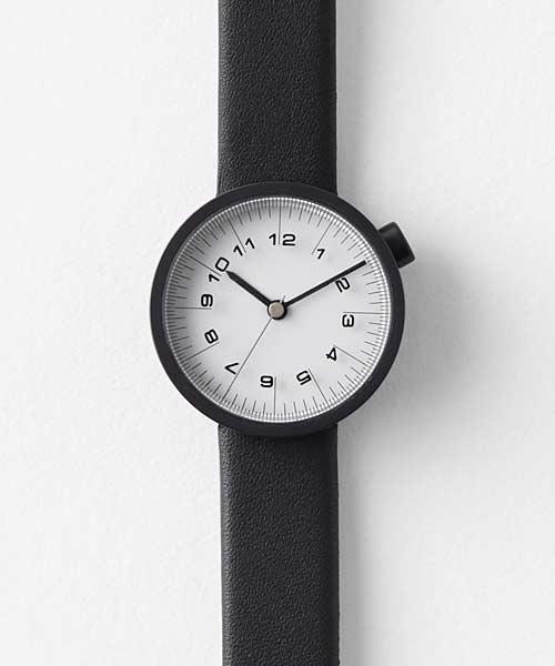 nendoバイエヌの時計の大きさ