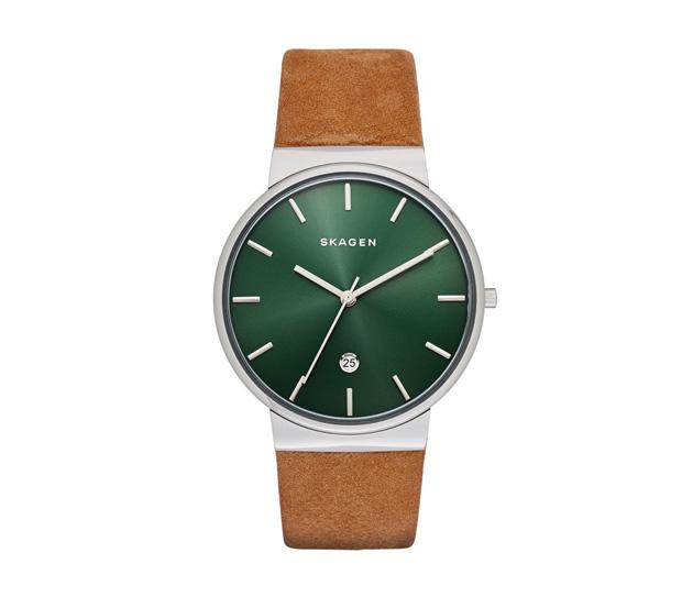 スカーゲンの時計グリーン、緑のモデルSKW6183