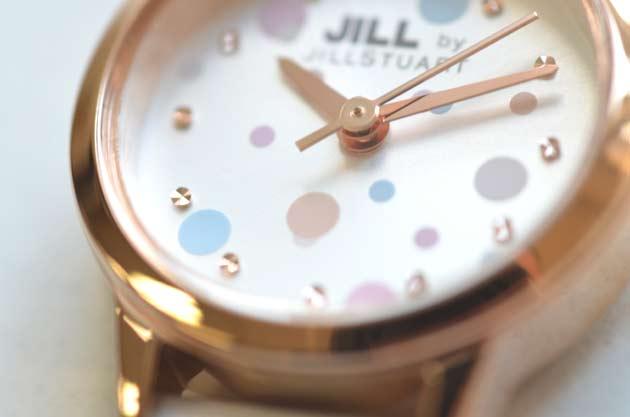 ジルバイジルスチュアートjill by jillstuartお勧め白ホワイトの時計