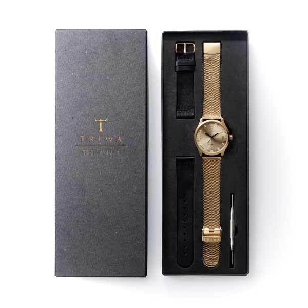 TRIWAのランセン、ゴールドの時計