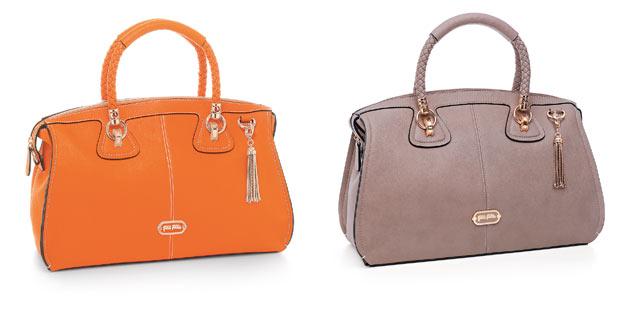 フォリフォリの人気オレンジのバッグ