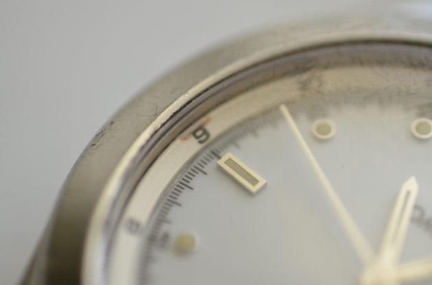 オメガの時計ガラス