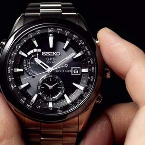 チタンの時計ってどんなメリットが有るの?