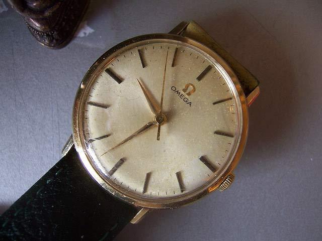オメガの時計アンティークのオーバーホール