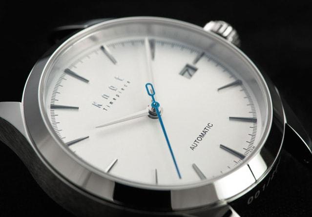 ノットの時計機械式時計、オートマチック