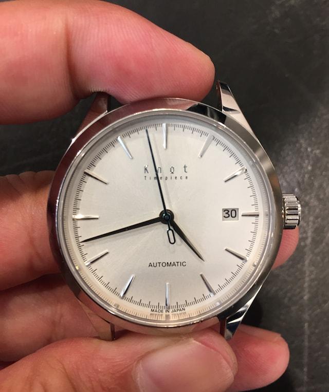 knotの機械式時計at38ホワイト