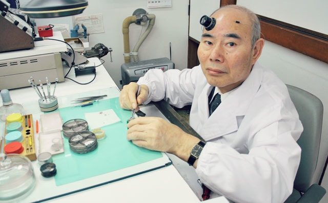 北海道で時計の修理やオーバーホールを行なうオオクマ時計眼鏡店