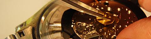 横浜で時計の修理屋やオーバーホールが行なえる柳沢時計店