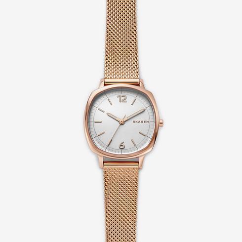 スカーゲンのレトロな印象があるピンクゴールドの時計RUNGSTED、SKW2629