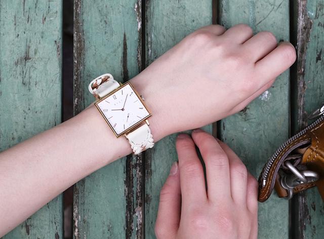 スクエアのレディース時計は人とは被りにくくおすすめ!