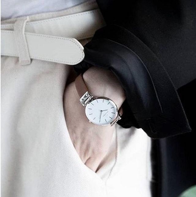 モックバーグ 腕時計 イメージ