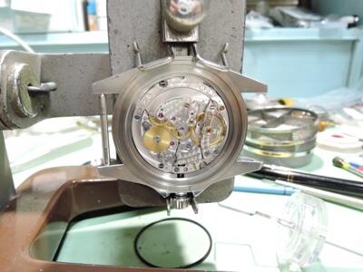 群馬で時計のオーバーホールをしているコボリ時計店