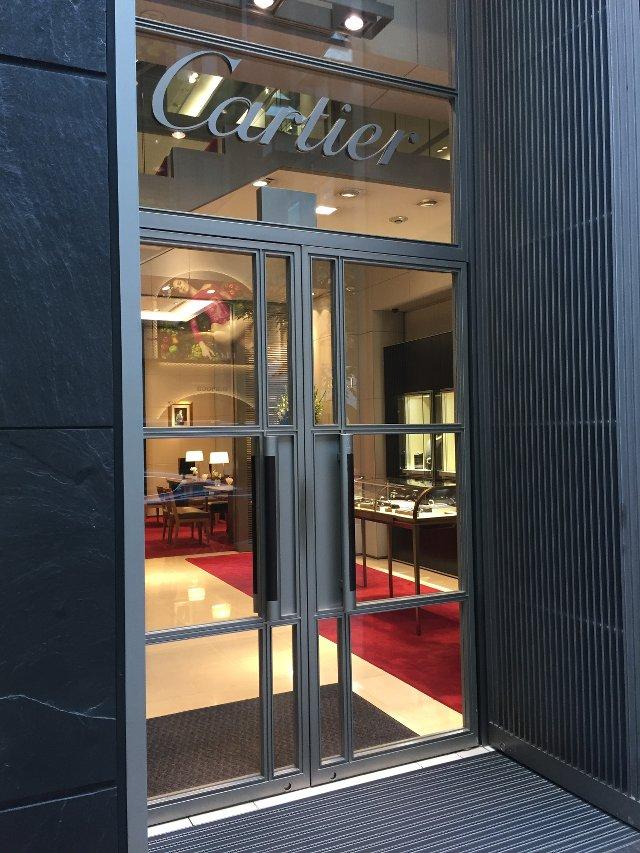 カルティエの銀座店入り口
