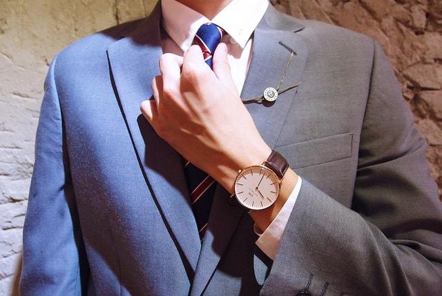 ダニエルウェリントンはスーツに良く合う時計。36mmと40mmで比較してみた!