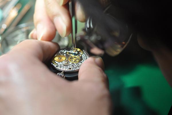 愛媛県で時計のオーバーホールや修理ができる